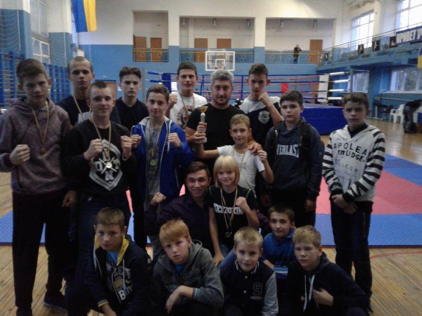 Новогродовские спортсмены привезли награды с Открытого кубка Донецкой области по кикбоксингу, фото-5