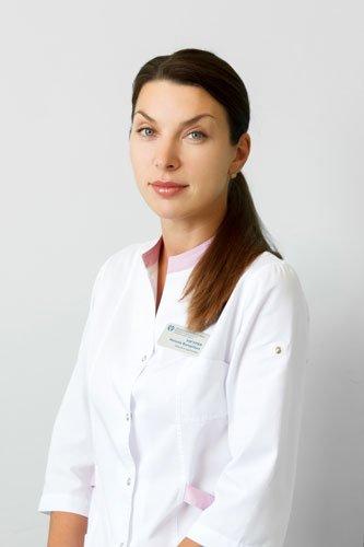 Унгурян Н.В. - заведующая отделением микрохирургии глаза ЗОКБ