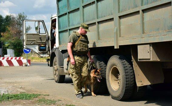 Прифронтовую Донетчину усилят блокпостами Нацполиции, фото-1