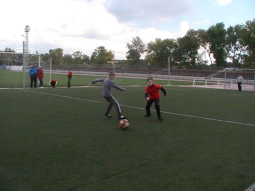 Енакиевские мальчишки сразились в дворовой футбол, фото-2