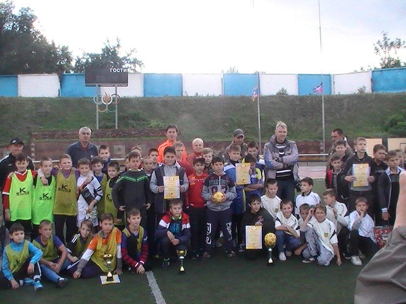 Енакиевские мальчишки сразились в дворовой футбол, фото-3