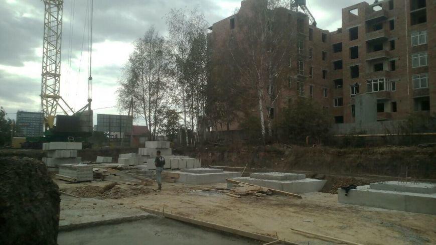 В Івано-Франківську на місці майбутньої багатоповерхівки знаходять людські кістки (ФОТО), фото-5