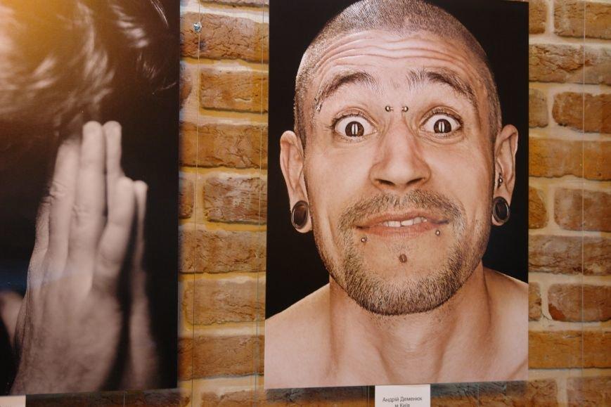 Емоції чоловіків презентували на фотовиставці (ФОТОРЕПОРТАЖ), фото-9