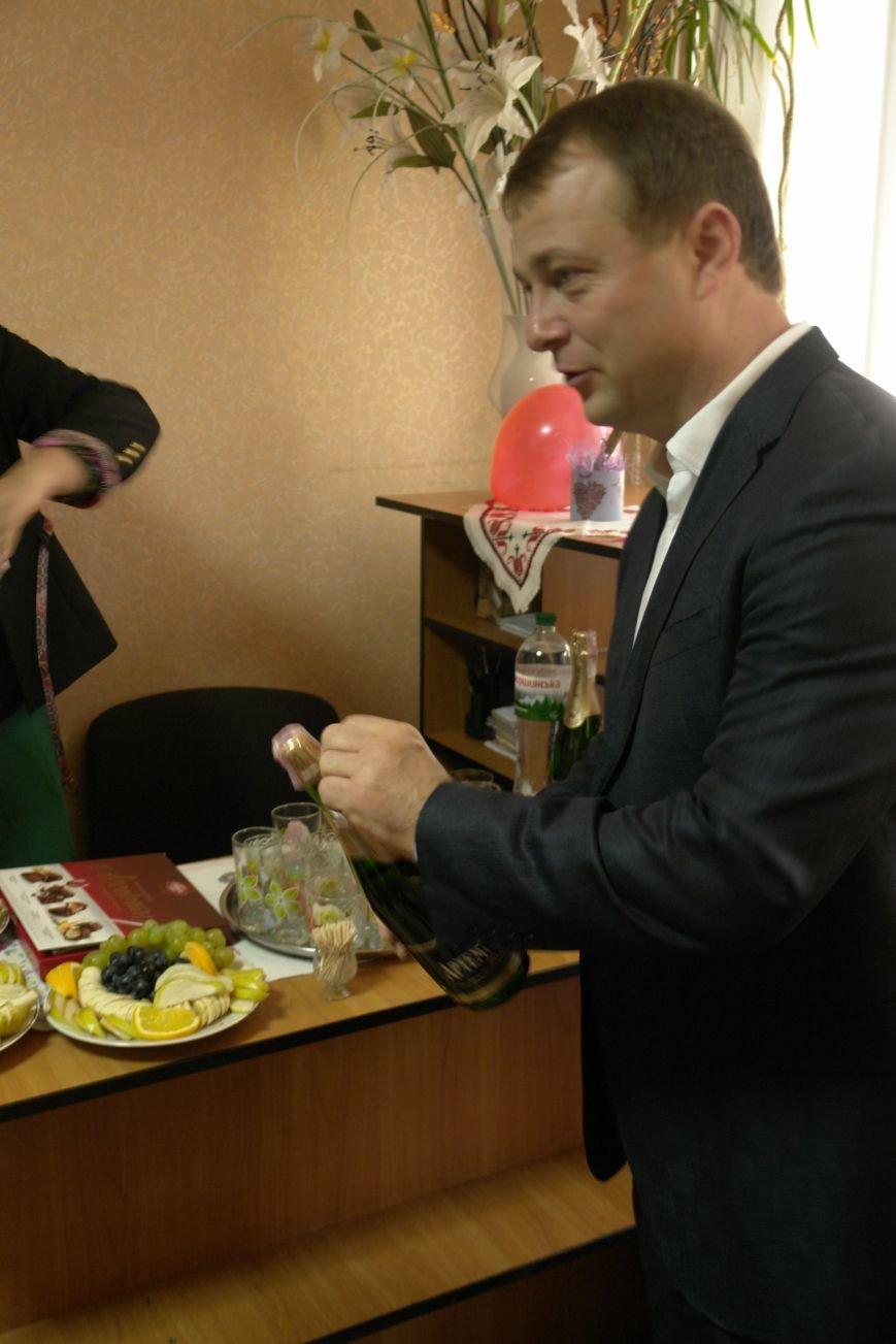 В Покровске (Красноармейске) пенсионерам подарили тренажерный зал, фото-8