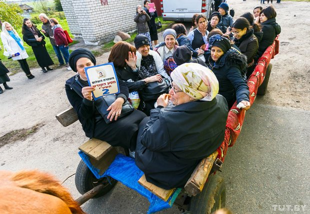 Место чудес. Как сотни иудеев со всего мира приехали в Радунь помолиться на могиле Хафеца Хаима, фото-10