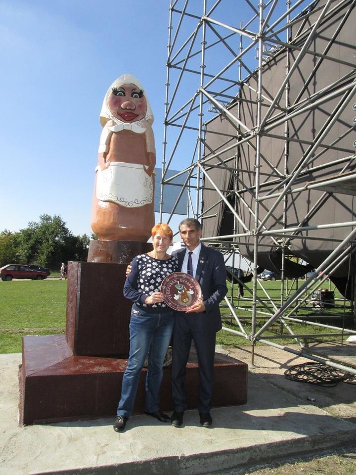 В запорожском селе вместо Ленина установили памятник бульбе, - ФОТОФАКТ, фото-1