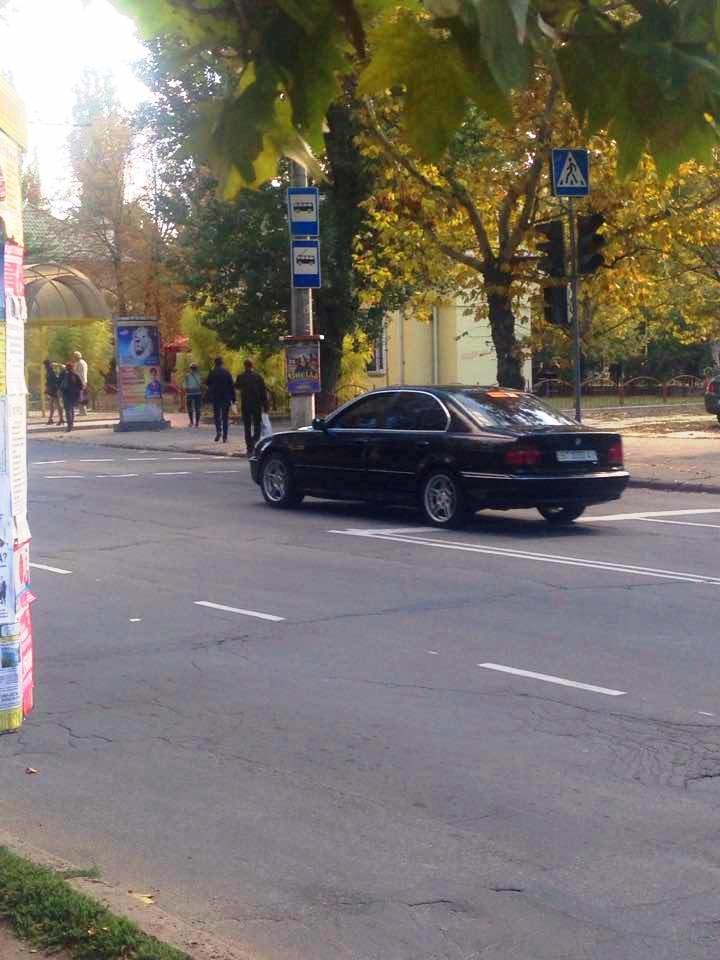 В Херсоне на одном из оживленных дорожных участков больше месяца не работает светофор (фото), фото-1