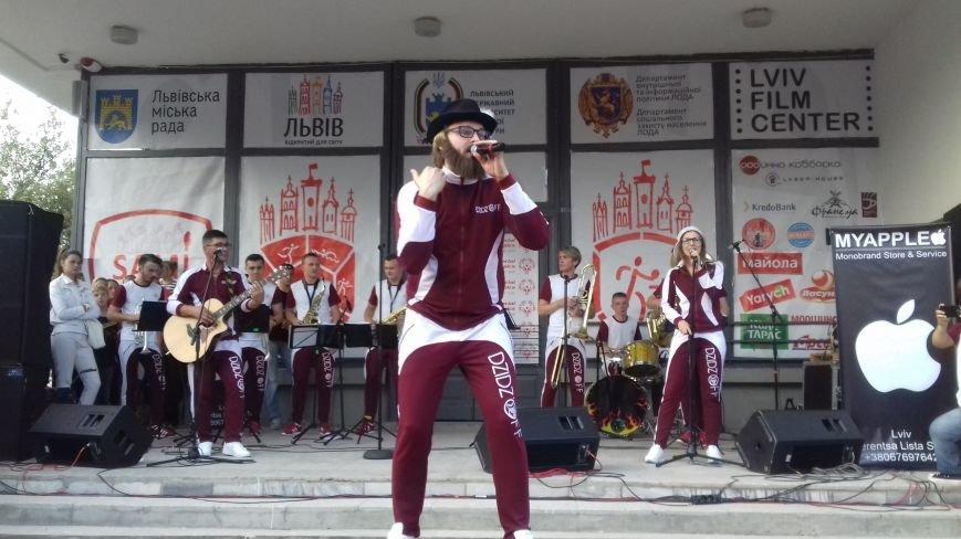 """Днепровские фанаты """"DZIDZIO"""" скандалят с плагиатчиками группы (ФОТО, ВИДЕО), фото-1"""
