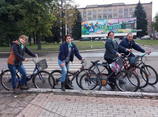 В Доброполье прошёл велобуккроссинг, фото-1