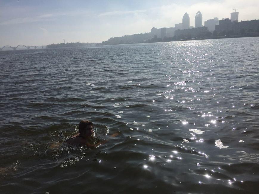 Парень переплыл с левого на правый берег Днепра (ФОТО), фото-1