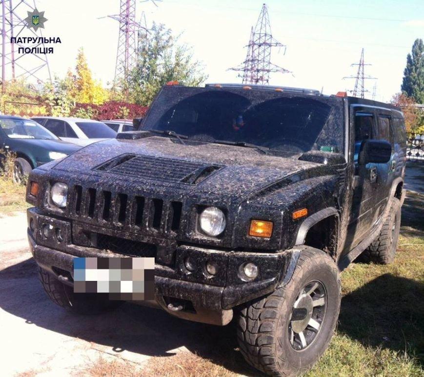 """""""Водитель-гонщик"""" из Hummer сам явился в патрульную полицию и сдался, фото-2"""