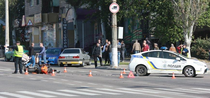 В Кременчуге на перекрестке проспекта Свободы и Европейской ДТП: столкнулись мотоцикл и патрульный Приус, фото-5