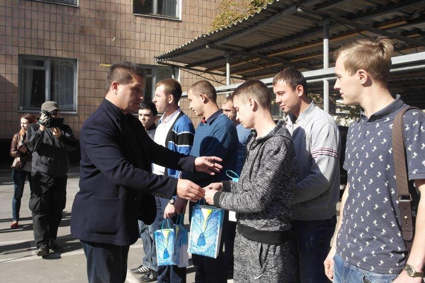 Призывники Покровска (Красноармейска) отправились на защиту Родины, фото-7