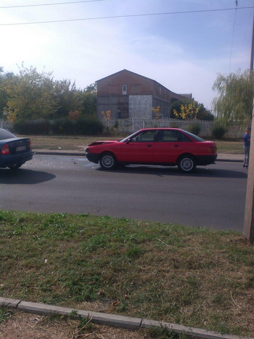 ДТП в Кропивницком: автомобиль врезался в прицеп (ФОТО), фото-2