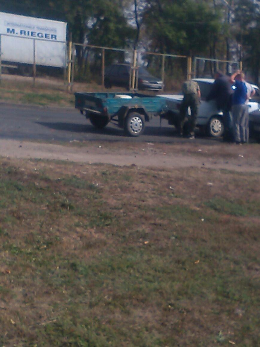 ДТП в Кропивницком: автомобиль врезался в прицеп (ФОТО), фото-3