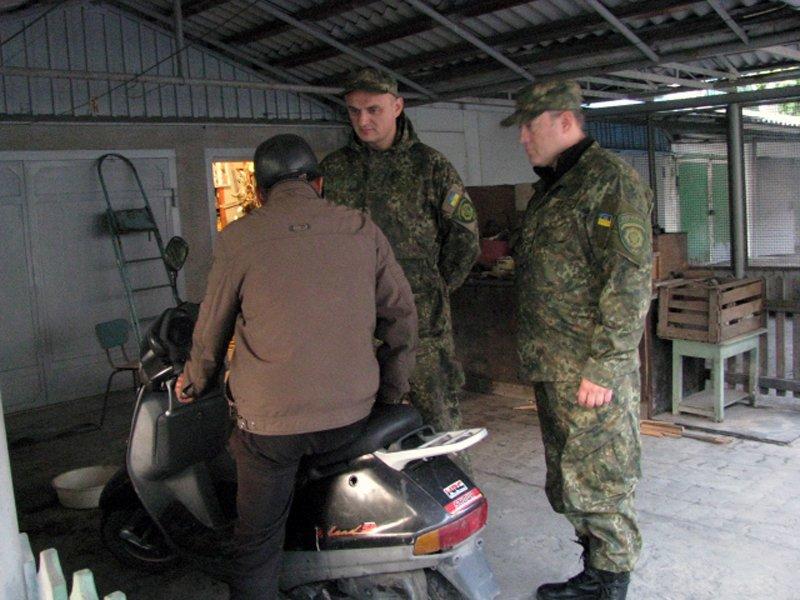 Добропольская полиция провела отработки в городе Белицкое, фото-2