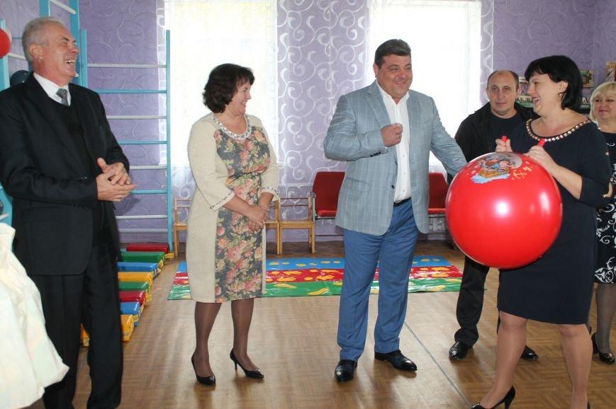 Педагоги Северска принимали поздравления с профессиональным праздником, фото-8