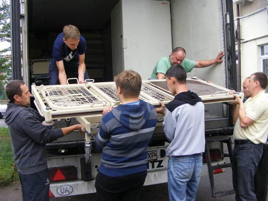 До Львова привезли 10 тонн гуманітарної допомоги з Австрії (ФОТО), фото-3