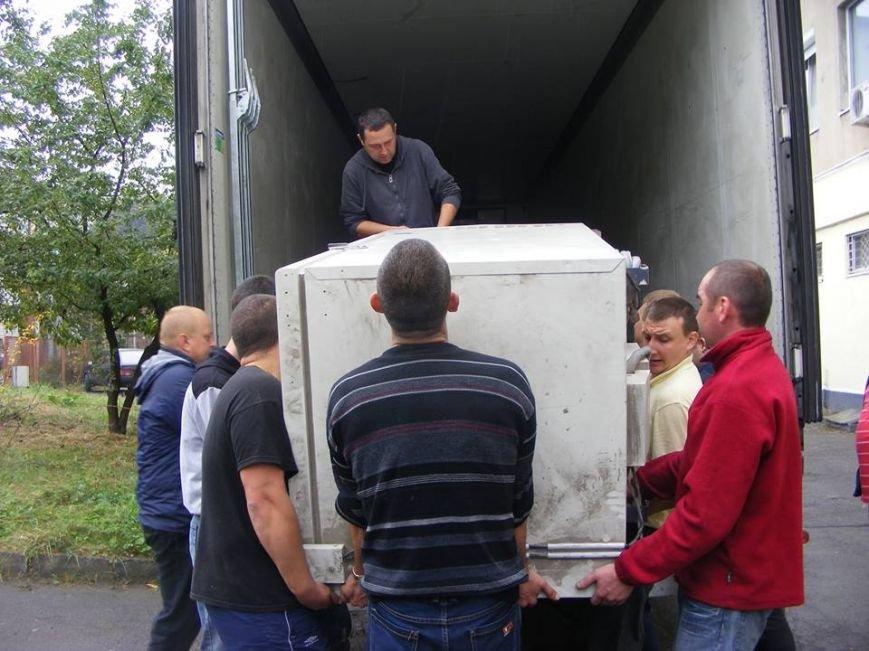 До Львова привезли 10 тонн гуманітарної допомоги з Австрії (ФОТО), фото-2