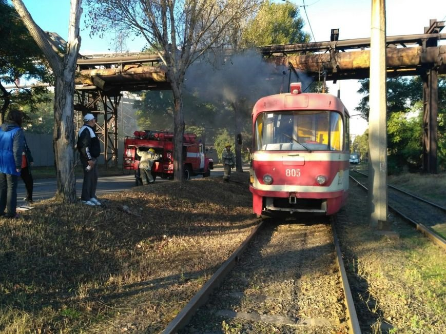 В Запорожье загорелся трамвай, - ФОТО, фото-1