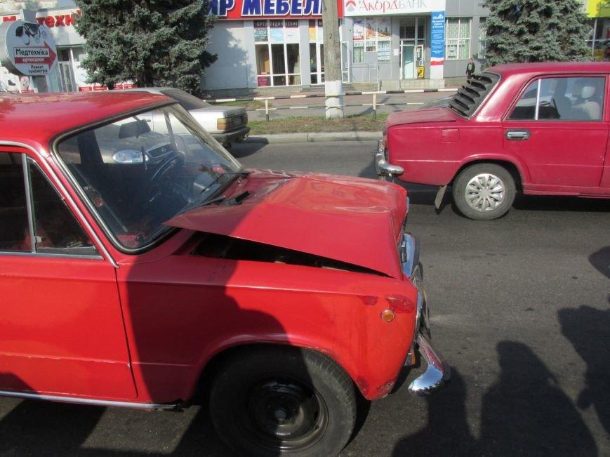 """В Кременчуге в районе ЖД-вокзала тройное ДТП: стукнулись Honda, """"копейка"""" и """"ГАЗель"""" (УТОЧНЕНО) (ФОТО, ВИДЕО), фото-3"""