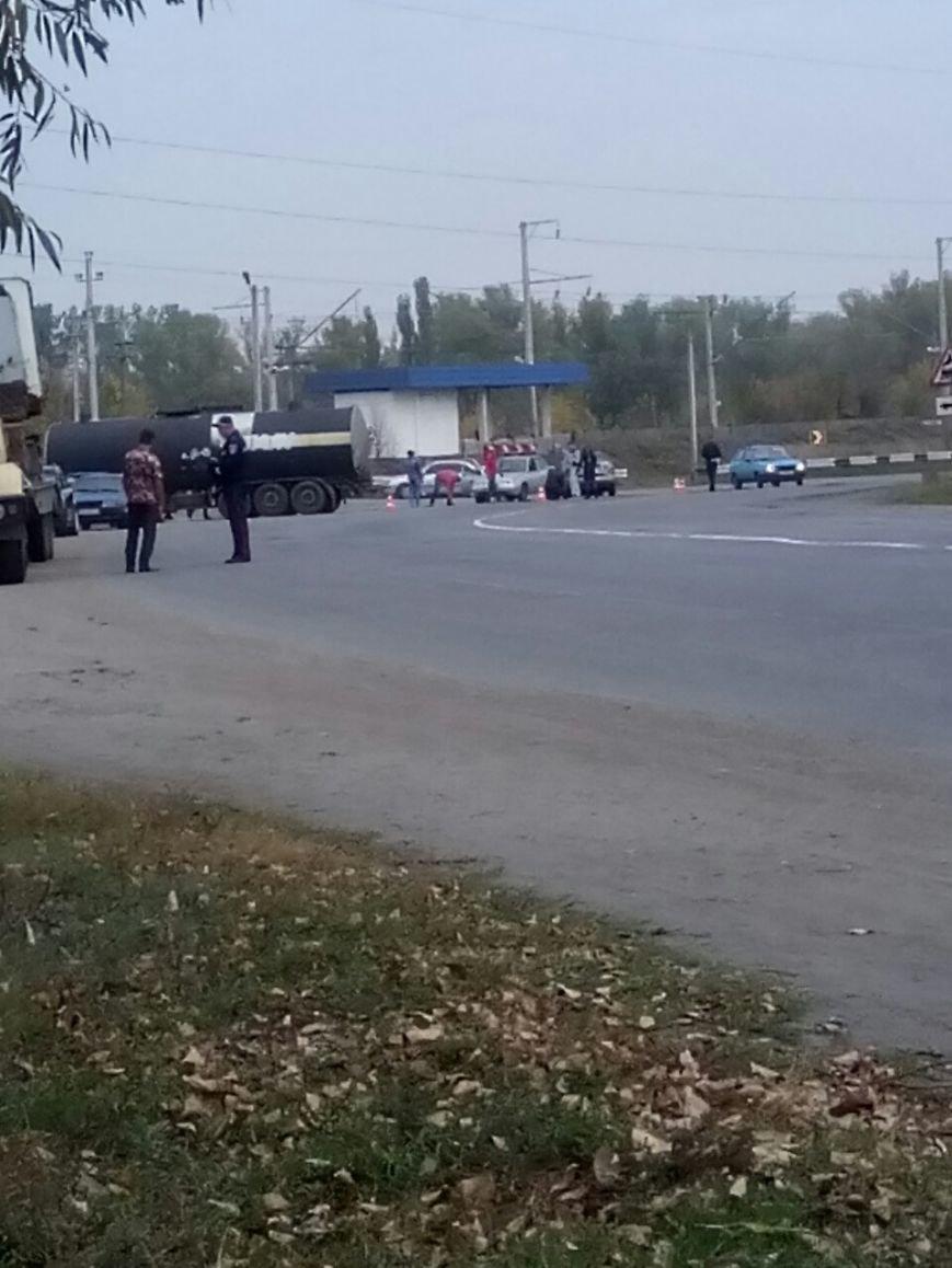 ДТП в Кременчугском районе: цистерна с битумом вылетела на встречку и сбила Ланос (ФОТО), фото-2