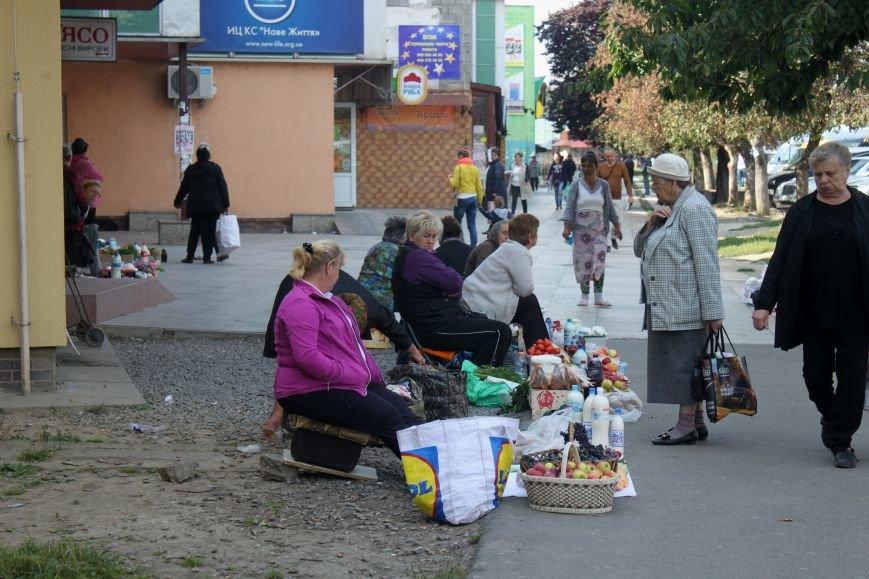 Ужгородський вокзал: атмосфера «Трьох горбів», стихійна торгівля та бродячі пси, фото-7