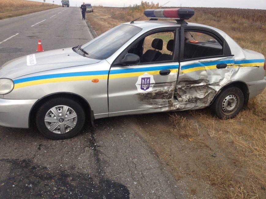 За Кропивницким грузовик протаранил полицейский автомобиль (ФОТО), фото-2