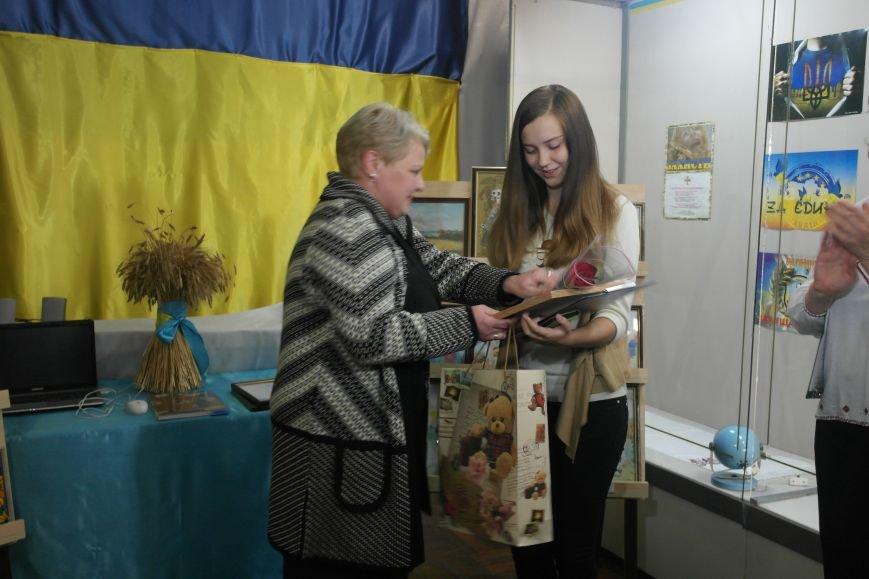 В Покровске (Красноармейске) стартовала культурно-художественная акция «Искусство в зоне АТО»:, фото-22