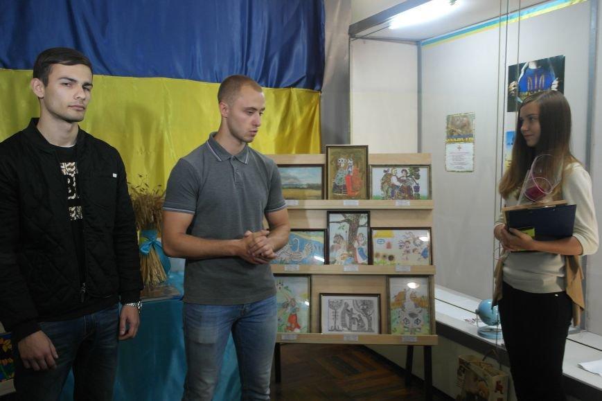 В Покровске (Красноармейске) стартовала культурно-художественная акция «Искусство в зоне АТО»:, фото-20