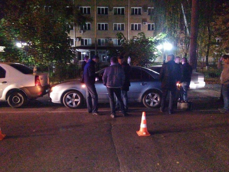 В Сумах на взятке задержаны два начальника отдела юстиций (ФОТО), фото-2