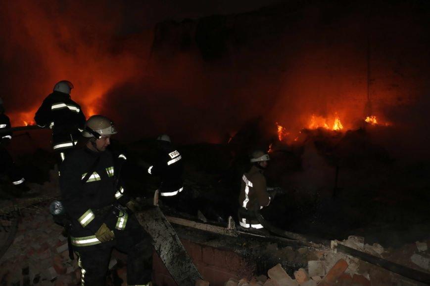 На одном из частных предприятий Харькова произошел сильный пожар (ФОТО/ВИДЕО), фото-1