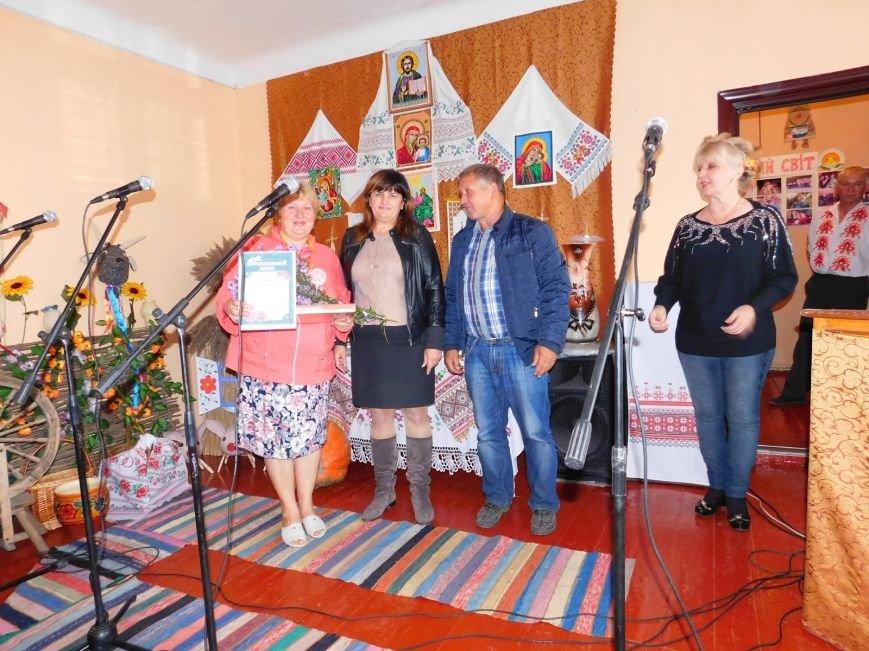 В Шевченковском сельском клубе преобразилась сцена, фото-3