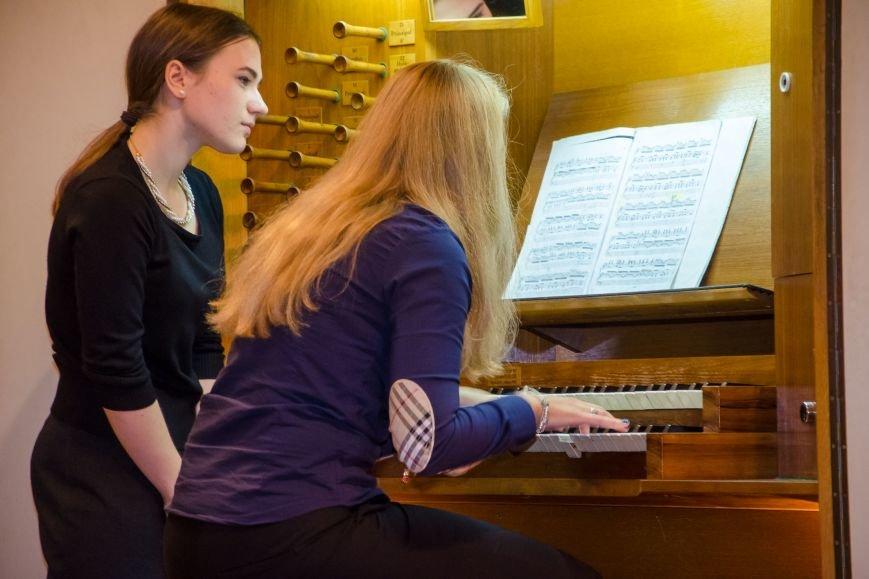 Студенты из Донбасса приняли участие в необычном мастер-классе в органном зале Днепра (ФОТО), фото-8