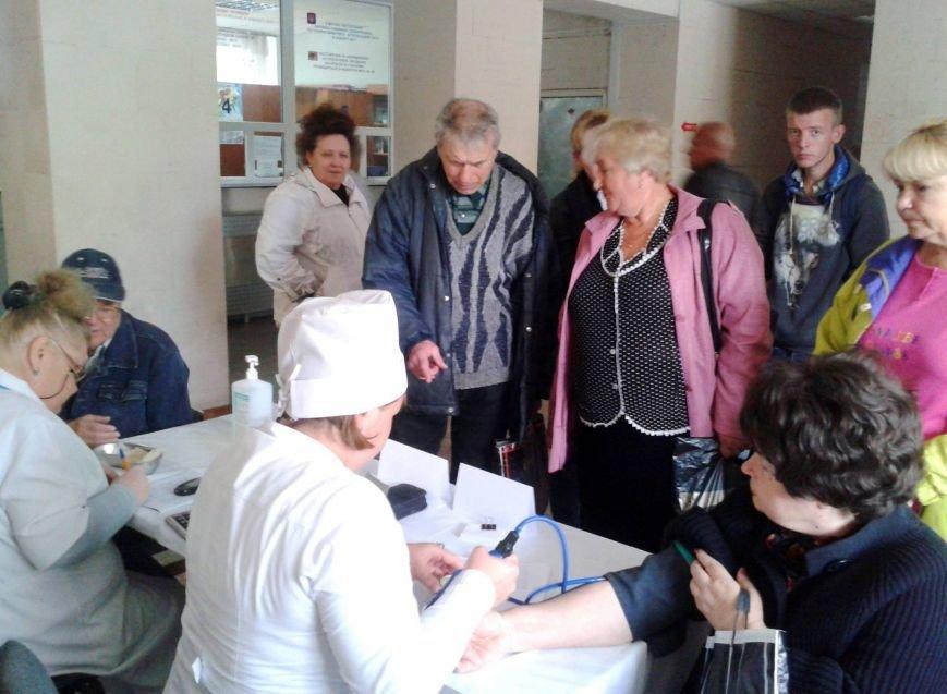 В больнице им. Тропиных 308 херсонцев приняли участие в акции по выявлению признаков сердечно-сосудистой патологии (фото), фото-1