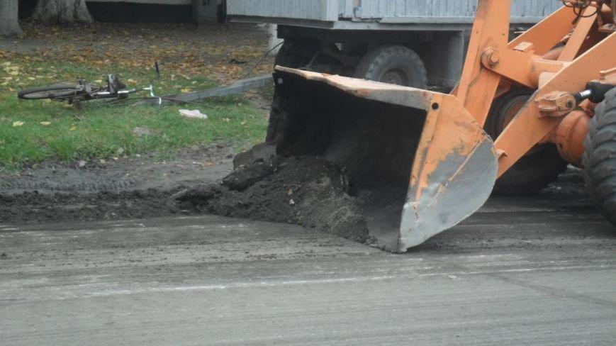 В Крюкове ремонтируют дороги: капитальный и поточный ремонт, а также грейдирование (ФОТО), фото-3