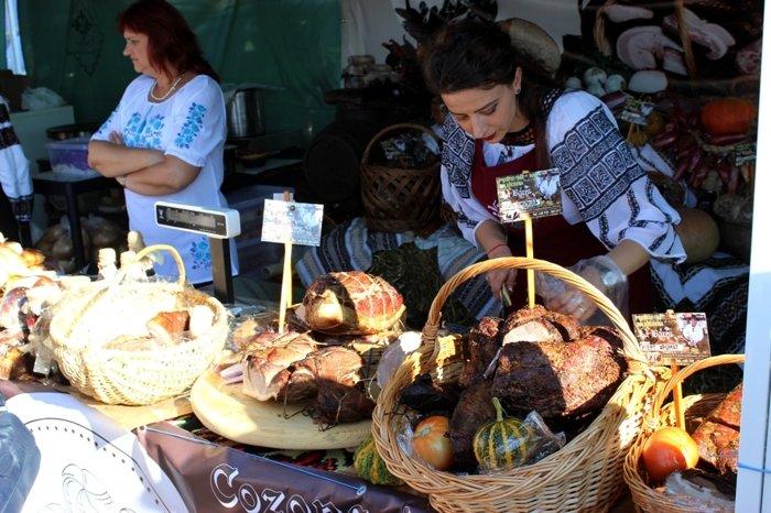 У  Сучаві пройшла  виставка-ярмарок «Вироблено на Буковині» (ФОТО), фото-6