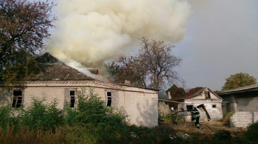 Каменские спасатели тушили пожар в доме на Сурской, фото-5