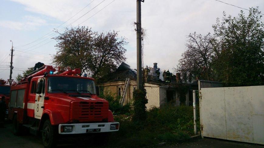 Каменские спасатели тушили пожар в доме на Сурской, фото-4