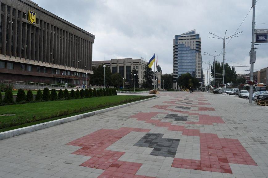 В Запорожье почти закончили реконструкцию Майдана Героев, - ФОТОРЕПОРТАЖ, фото-3