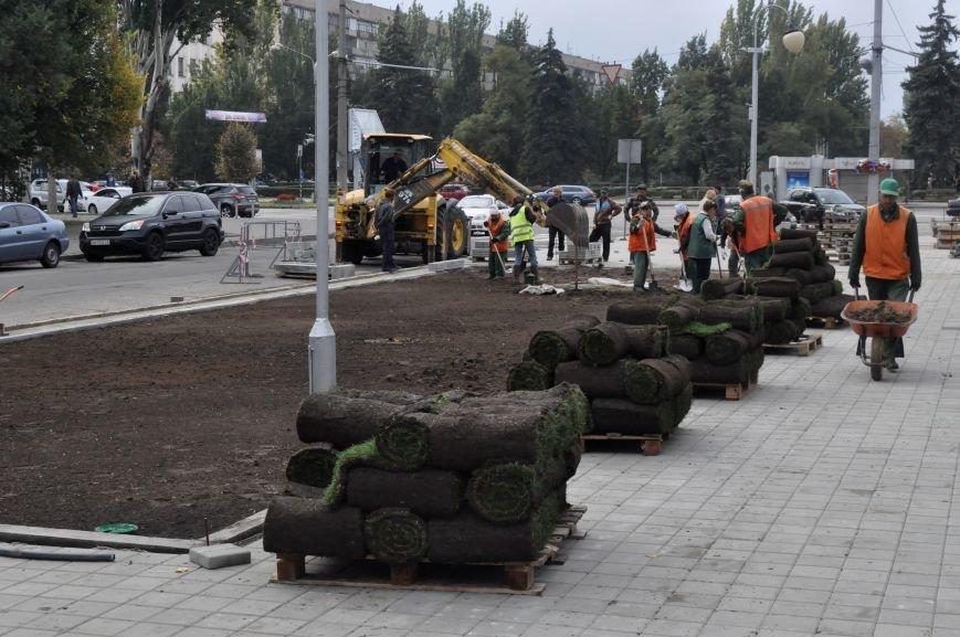 В Запорожье почти закончили реконструкцию Майдана Героев, - ФОТОРЕПОРТАЖ, фото-7