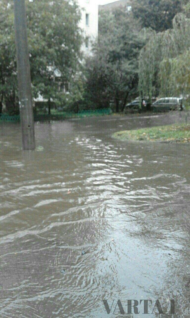 У Львові затопило вулицю Стрийську (ФОТО), фото-2