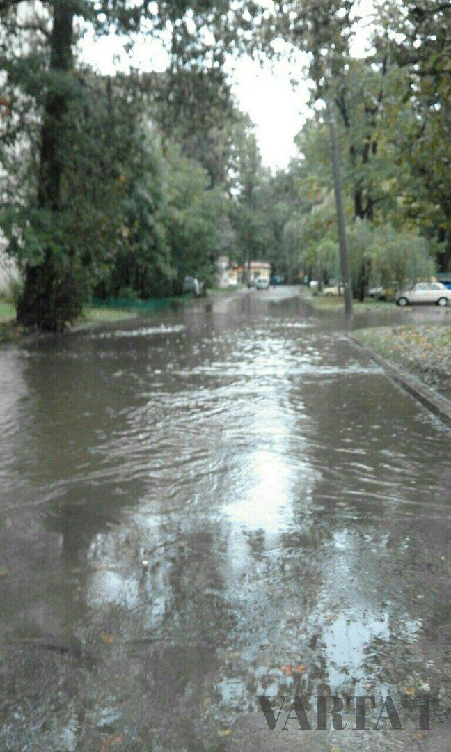 У Львові затопило вулицю Стрийську (ФОТО), фото-3