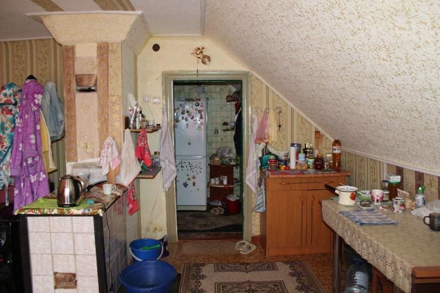 Семья в Мариуполе ждет квартиру 33 года (ФОТО), фото-4