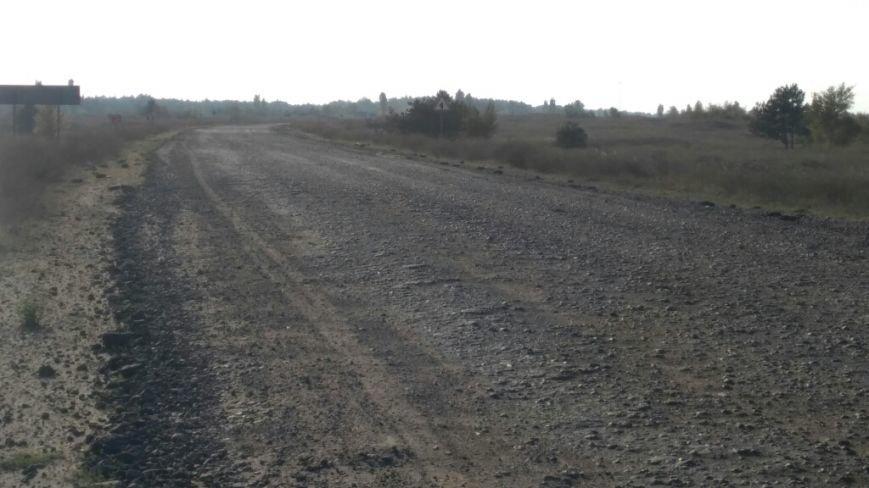 На Херсонщине кипит ремонт дорог: уже заасфальтировали участок трассы М-14, фото-2