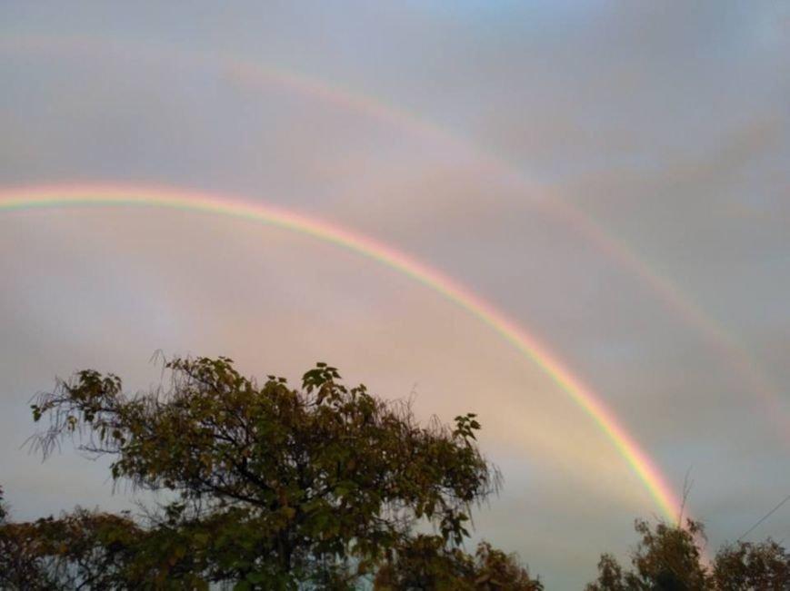 В соцсетях массово публикуют фото радуги над Запорожьем, фото-3