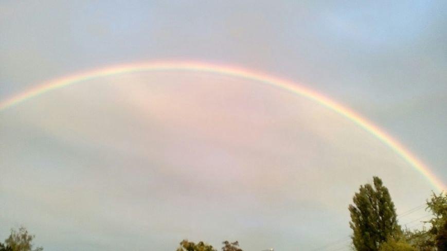 В соцсетях массово публикуют фото радуги над Запорожьем, фото-5