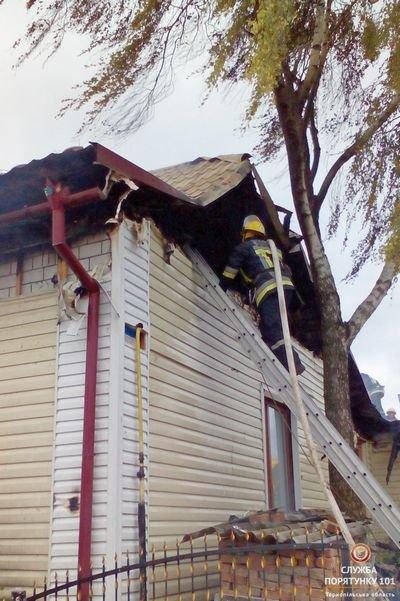 На Тернопільщині через коротке замикання ледь не згорів будинок (фото), фото-2