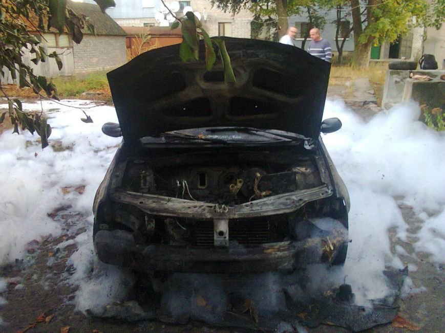 В Помошной сгорела иномарка (ФОТО), фото-1