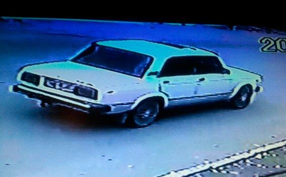 Силовики розшукують чоловіка, який збив 18-річну буковинку (ФОТО), фото-1